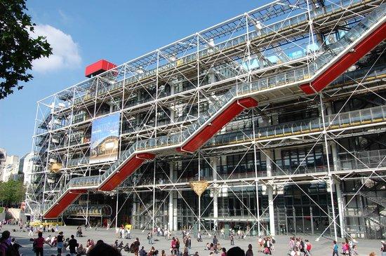 Richard Rodgers, l'architetto Italo-Inglese del Centro Pompidou richard rogers Richard Rogers, l'architetto Italo-Inglese del Centro Pompidou centre pompidou