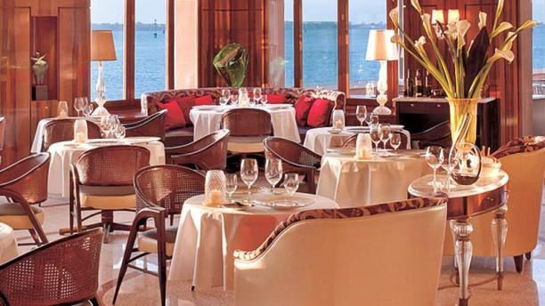 Top 5: Ristoranti di Lusso a Venezia ristoranti Top 5: Ristoranti di Lusso a Venezia oro sala 7b53e