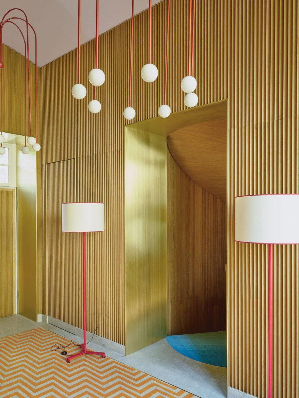 Luca Guadagnino: il Regista dell'Interior Design luca guadagnino Luca Guadagnino: il Regista dell'Interior Design 19tmag luca slide N2SO superJumbo 1170x1560 scaled